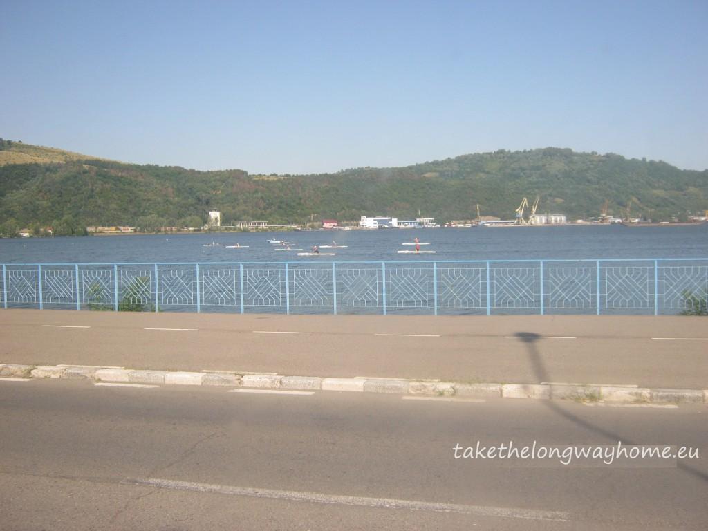 Antrenament de caiac pe Dunăre la Orșova
