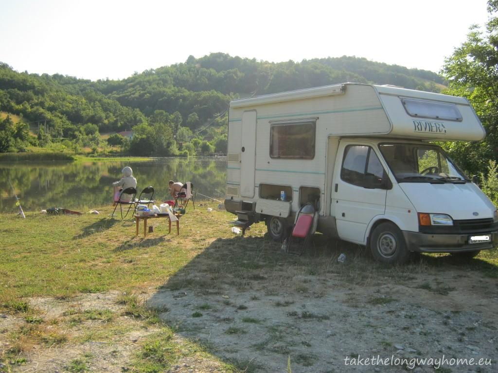Off-camping la Viaductul Mraconia