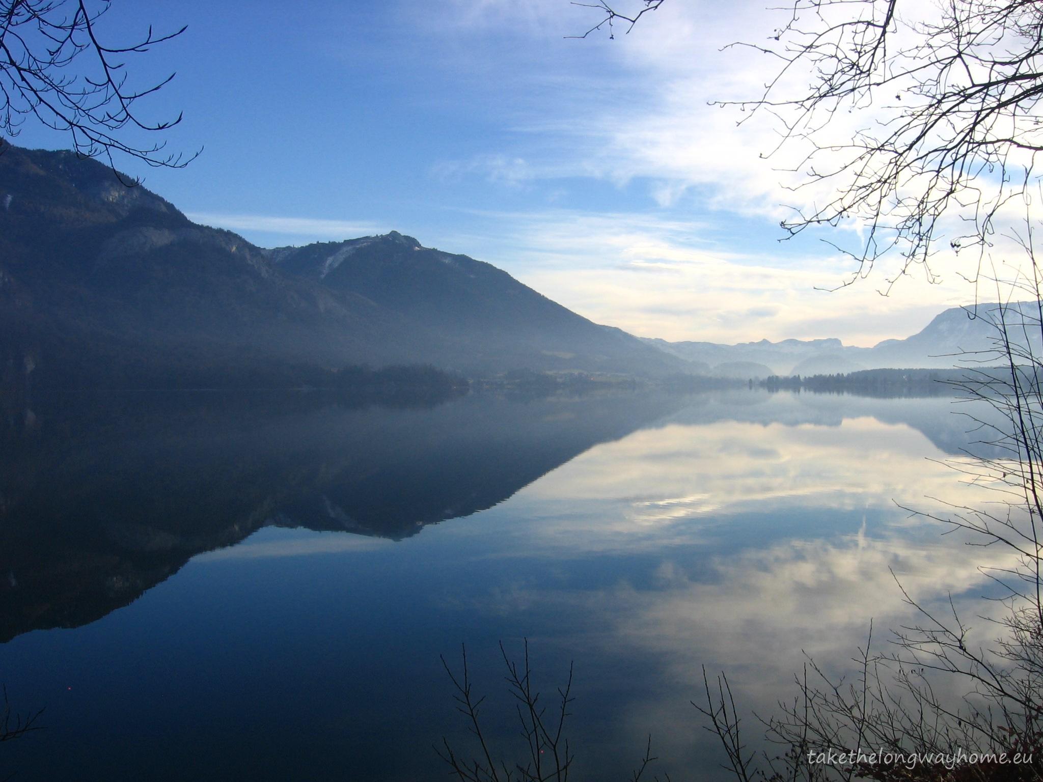 Nor, ceață, oglindă, soare ... doar o parte din frumusețea pe care o poate vedea aparatul foto