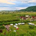 Orașul Dej are o vechime de 800 de ani. Camping Transilvania are avantajul de a se afla în apropierea Maramureșului și a Țării Lăpușului