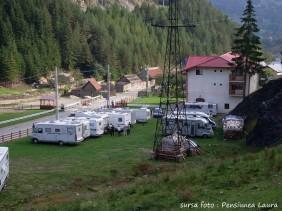 "Loc campare ""Pensiune Laura"", Băile Borșa, județul Maramureș, strada Independenței, nr. 139 // GPS : N 47°41'46.2"" E 24°43'21.2"" / Lat 47.696163 long 24.722564 // email : dutustefan7@gmail.com // telefon : +40742 699 553 / +40770 863 880"