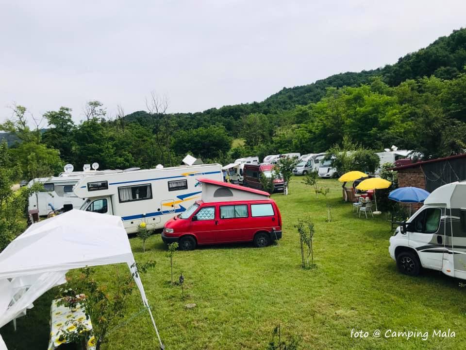 Camping Mala